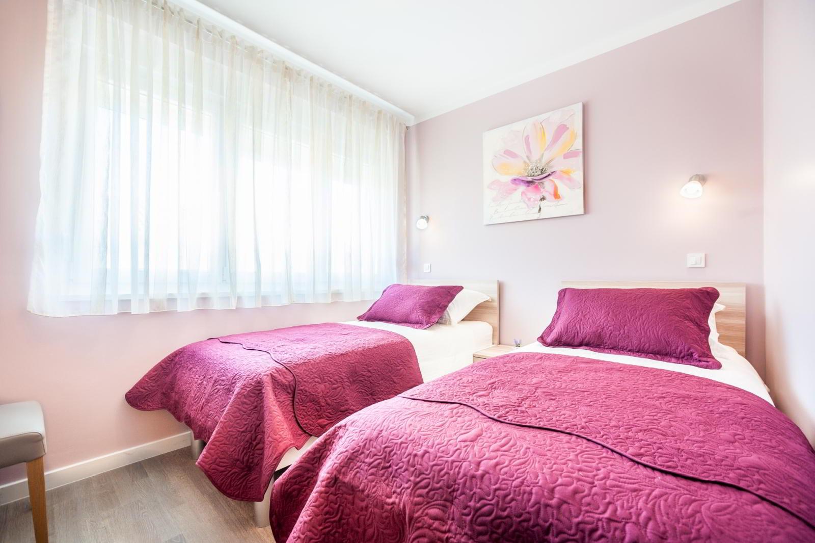 Soba s dva kreveta